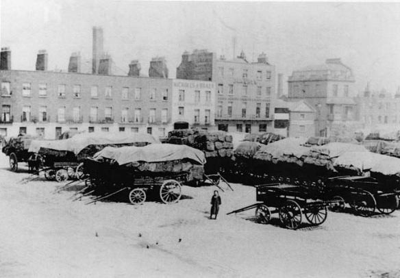 Cumberland Market towards site of present day Windsor House c1904
